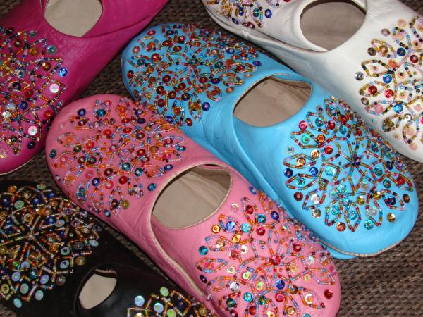 Multicolor glitter slipper