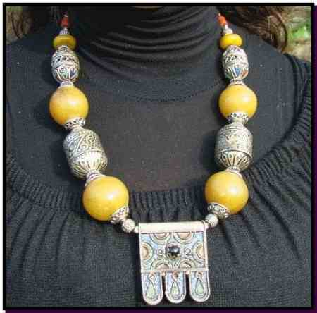 Berber necklace Loubana