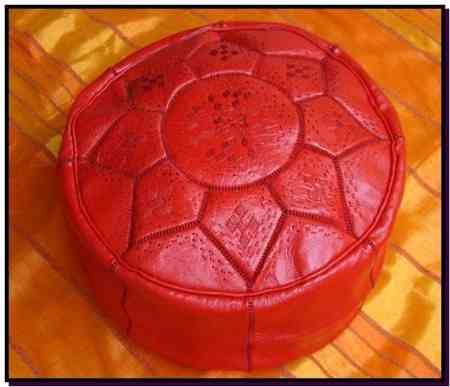 Pouf design rouge